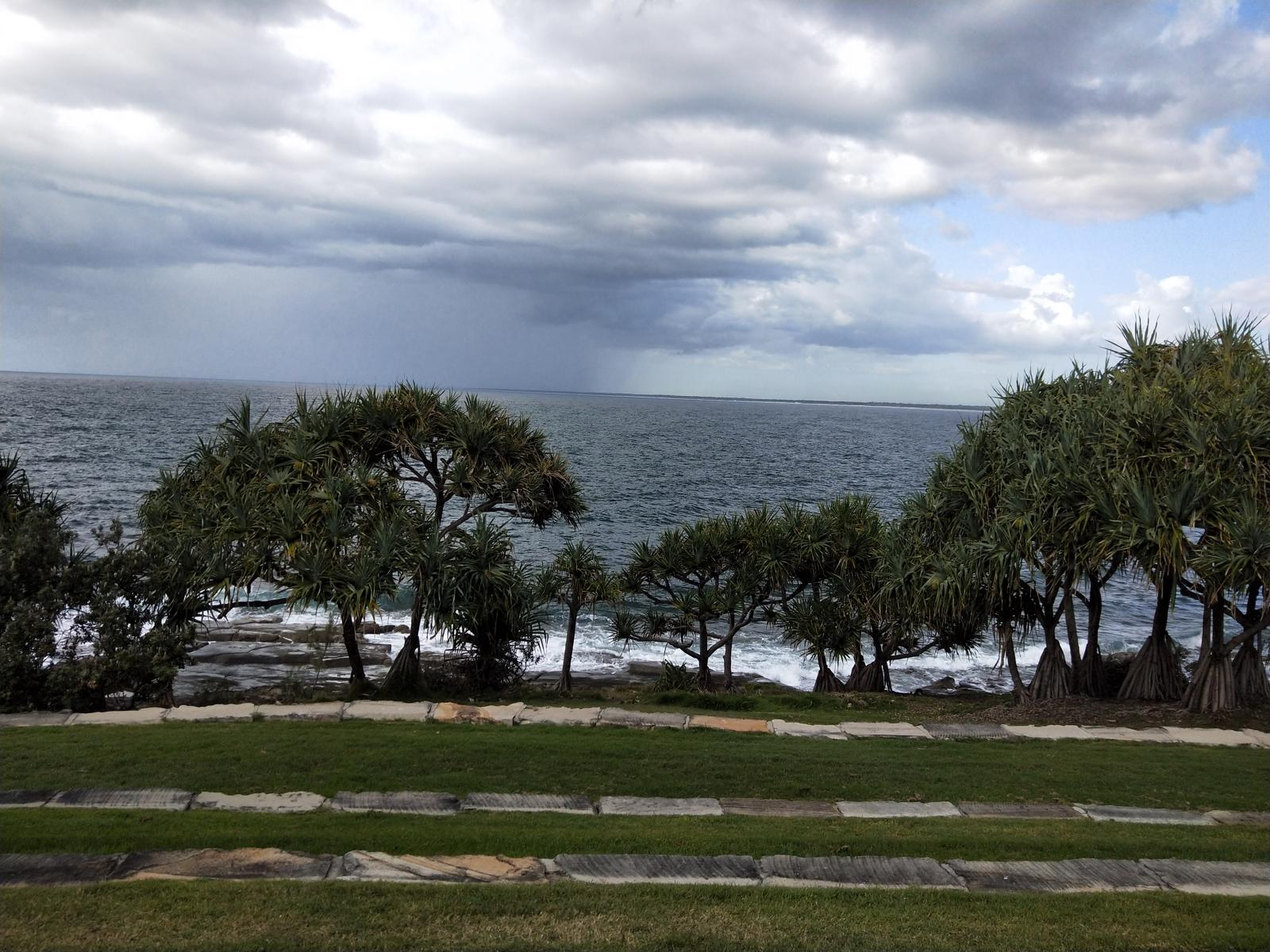 Trail Image for Coastal Pathway: Moffat Beach to Kings Beach